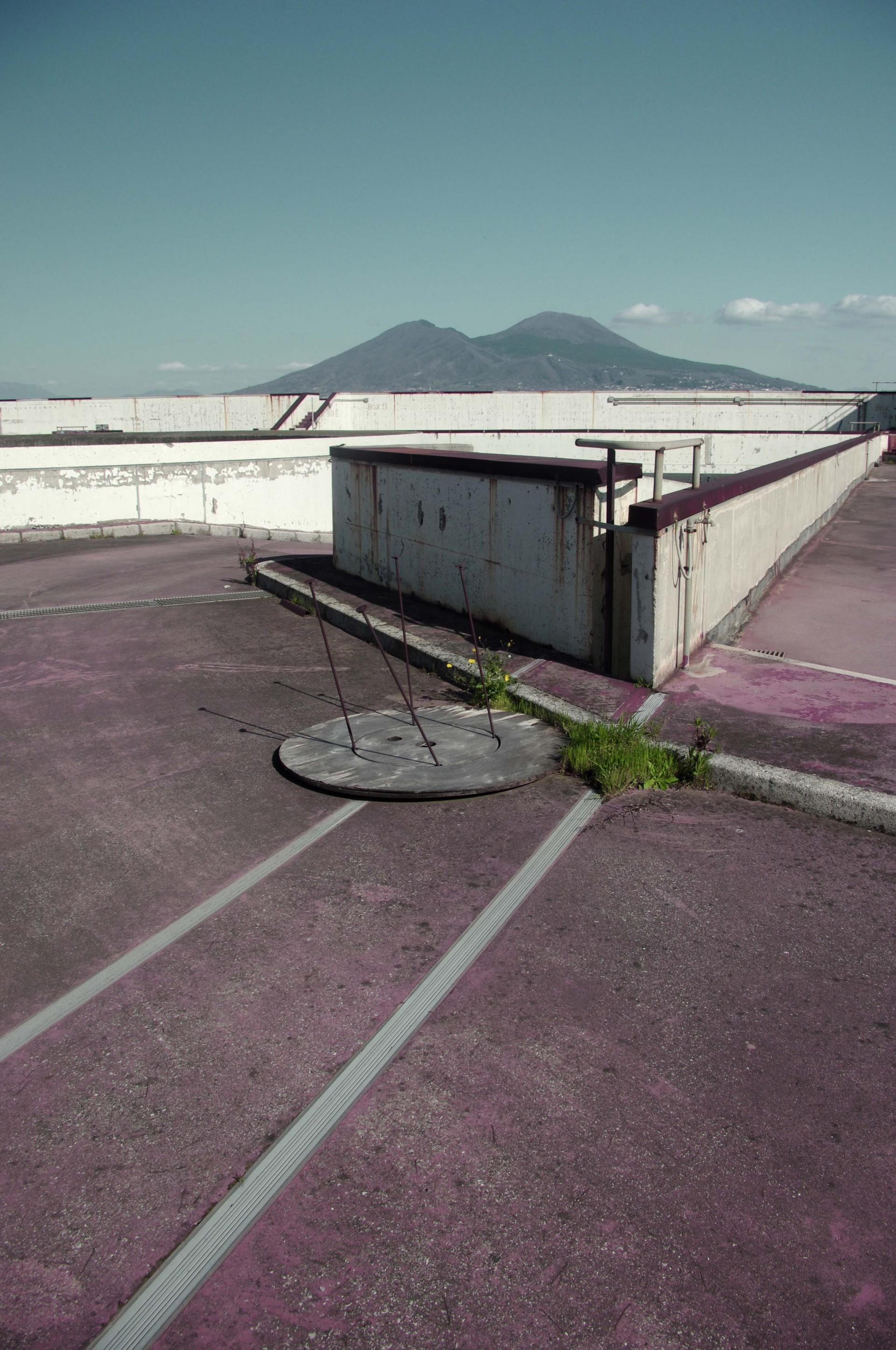 Hugo Toulotte — designer graphique Napoli